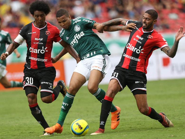 Alajuelense 0x6 Palmeiras