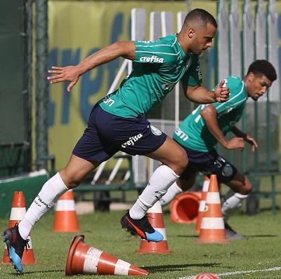 Arthur Cabral e Juninho