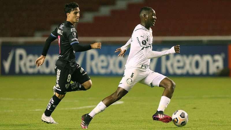Patrick de Paula, do Palmeiras, em partida contra o Independiente Del Valle