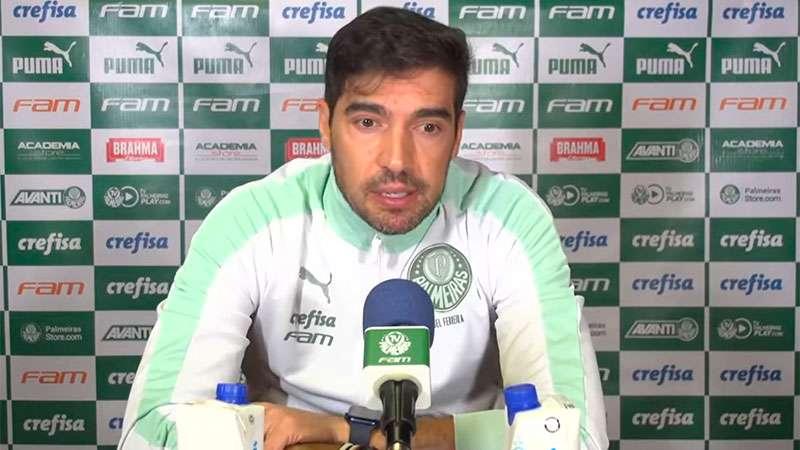 Abel Ferreira concede entrevista após jogo com o SPFC