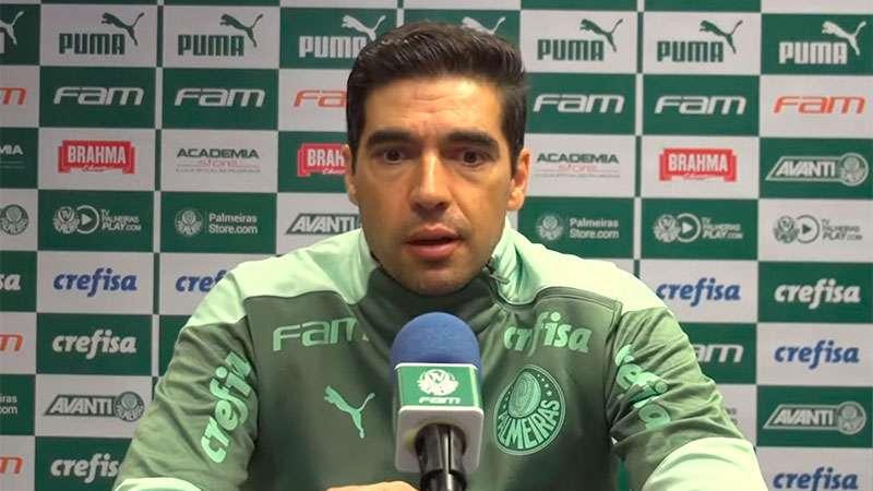 Abel Ferreira concede entrevista coletica após jogo com o Flamengo no Maracanã