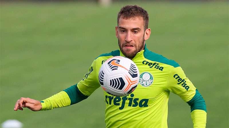 Alan Empereur em treino do Palmeiras