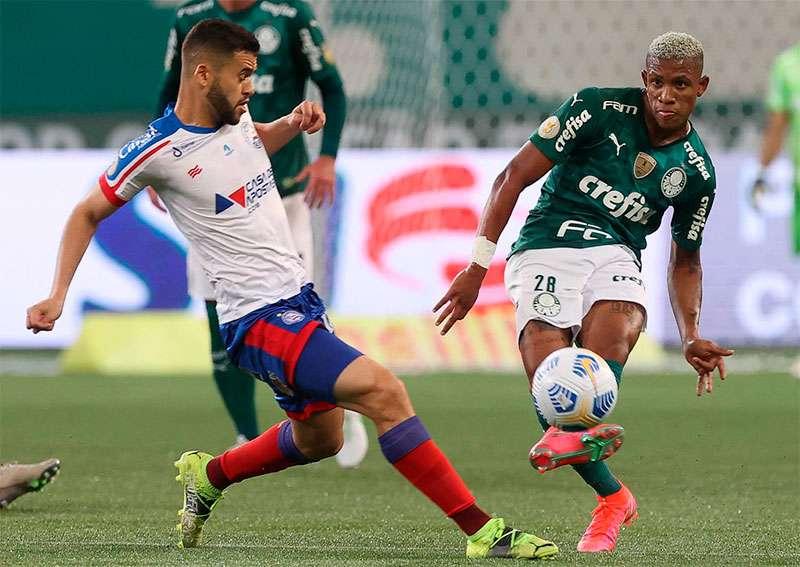 Danilo, do Palmeiras, em partida contra o Bahia no Allianz Parque
