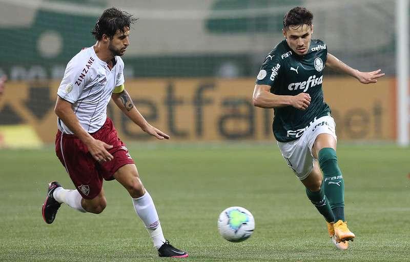 O Palmeiras de Raphael Veiga venceu o Fluminense no Allianz Parque em novembro de 2020