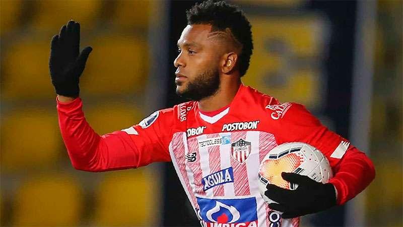 Borja esteve emprestado ao Atlético Junior e volta ao Palmeiras