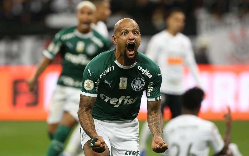 Felipe Melo comemora seu gol pelo Palmeiras contra o SCCP, durante Derby válido pela décima terceira rodada do Brasileirão 2019, no Itaquerão.
