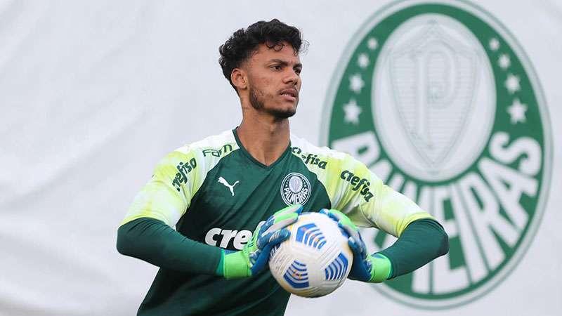 Natan, goleiro do Sub-20 do Palmeiras, é convocado pela Seleção Brasileira Sub-18 para disputar a Revelations Cup.