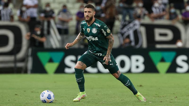 Zé Rafael em jogo do Palmeiras contra o Ceará, durante partida válida pela décima nona rodada do Brasileirão 2021, no Castelão.